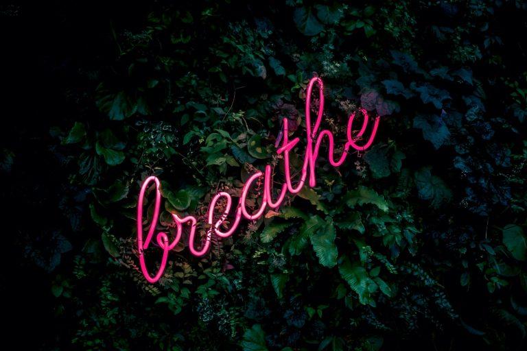 Adem in. Adem uit. Hoe je met ademhaling trauma's en spanning kunt loslaten