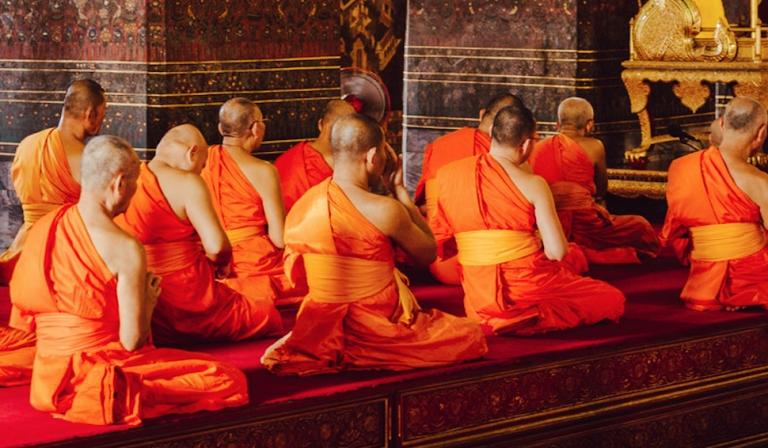 Alles wat je wil weten over vipassana (en hoe je het beoefent)